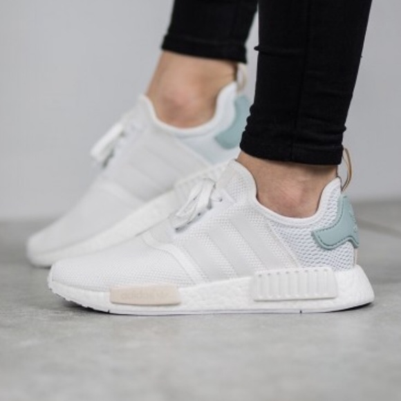 free shipping 2fe19 c1fe1 adidas Shoes - Women s Adidas NMD R1 size 7